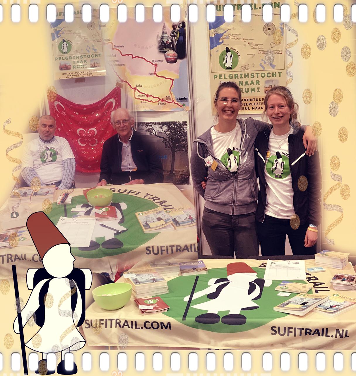 Foto collage van de Fiets en wandelbeurs in Utrecht met onze vrijwilligers en Sufi